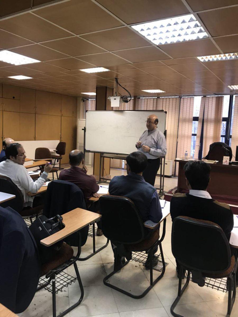 برگزاری دوره تربیت مدرس مدیریت توسط دانشکده کارآفرینی برای صندوق کارآفرینی امید